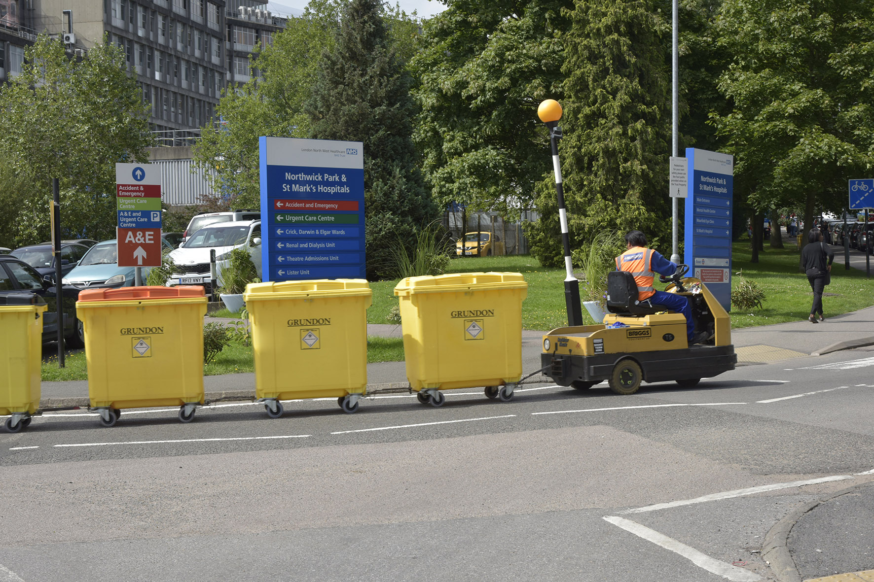 As part of the contract, Grundon introduced an on-site waste manager and three dedicated waste team leaders to London North West University Health (LNWH) NHS Trust