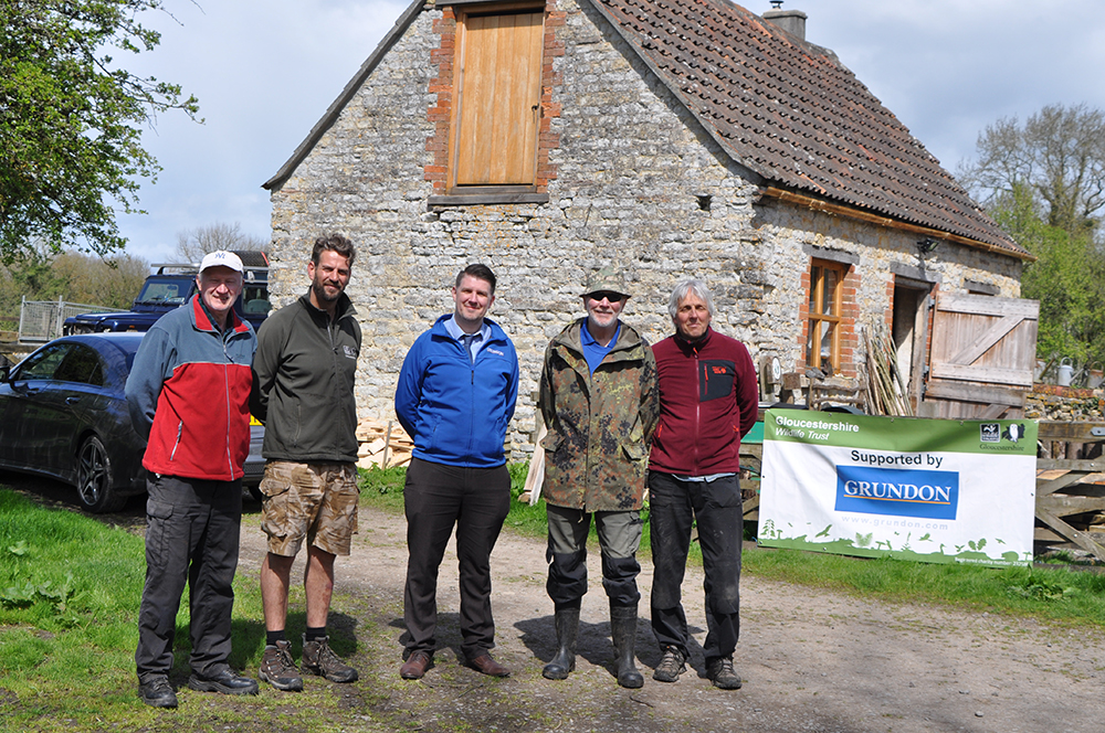 Anthony Foxlee-Brown, Head of Marketing and Communications at Grundon joined Neil Lodge, Reserve Warden and the volunteers at Lower Woods Nature Reserve.