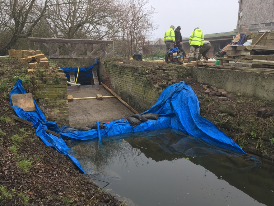 Work in progress at Hithermoor Weir to transform the area by creating a fish ladder for coarse fish and climbing support for juvenile eels
