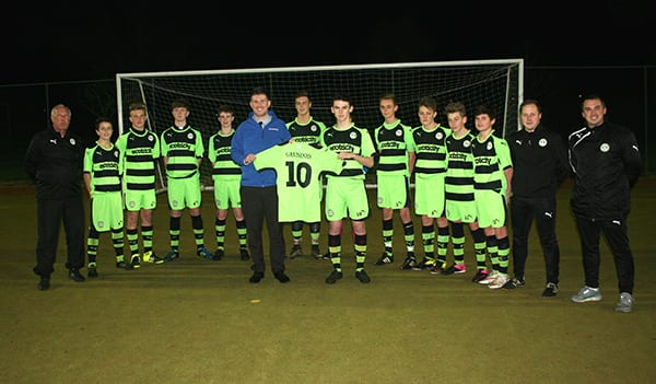 Forest Green Rovers Under 15 squad, coaching team and Anthony Foxlee-Brown, marketing communications manager at Grundon